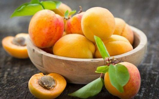 25463 - Користь і шкода абрикоса