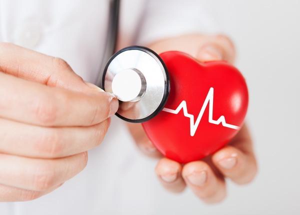 3868 Кардиологи предлагают выявлять сердечников из группы повышенного риска по зрачку